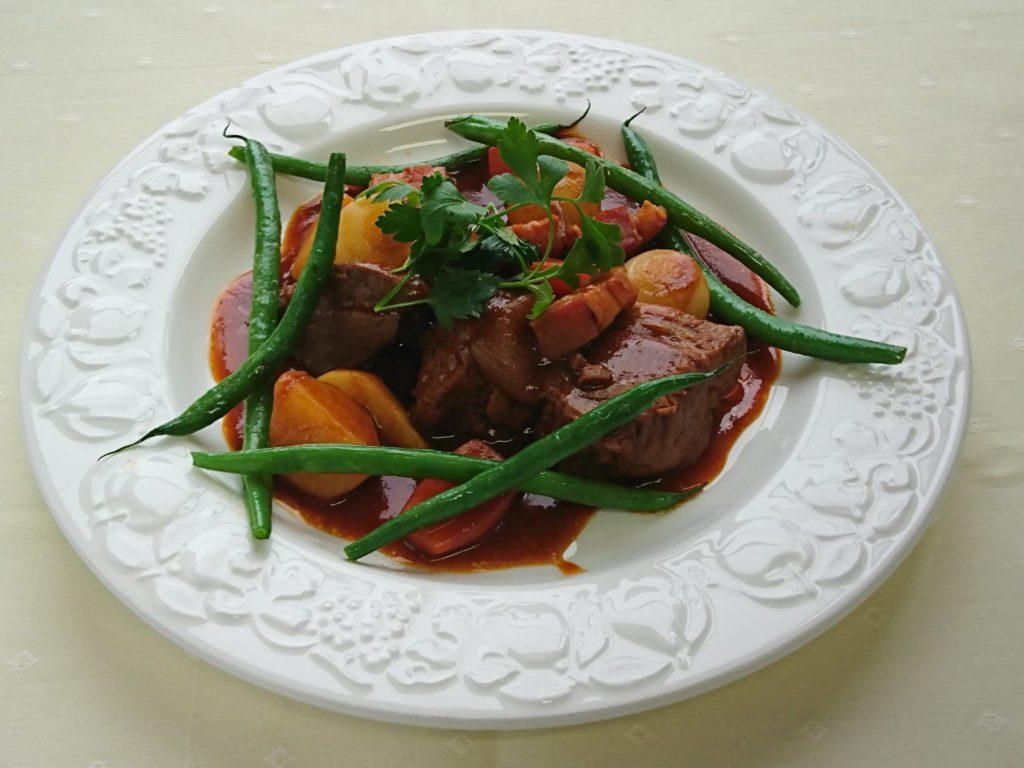 Ragôut de bœuf  à l'ancien(牛肉の煮込み昔風(ラグー))