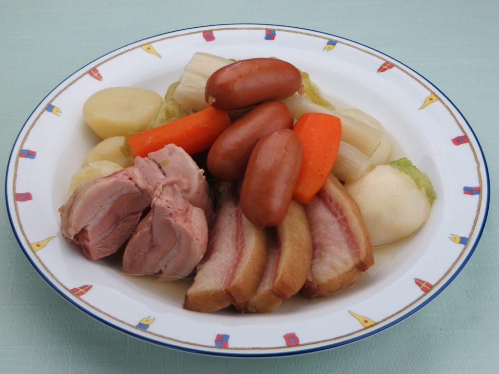 La potée Franche-comtoise(豚肉のポテ:フランシュ=コンテ風ポテ)
