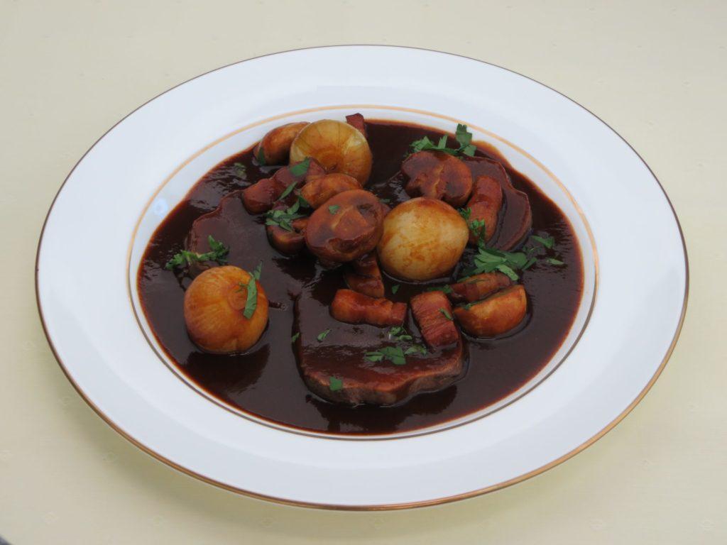 Langue de bœuf au Vin rouge(牛タンの赤ワイン煮)
